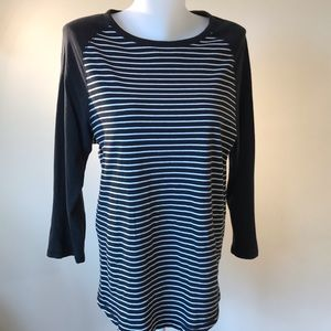 Black and White 3/4 sleeve long T shirt by Express